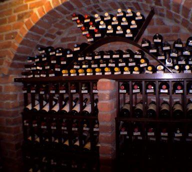 Cave a vin je peux conserver mes grands crus - Conserver vin sans cave ...