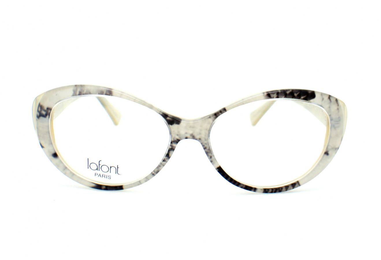 Mettre des lunettes conformes à la glisse