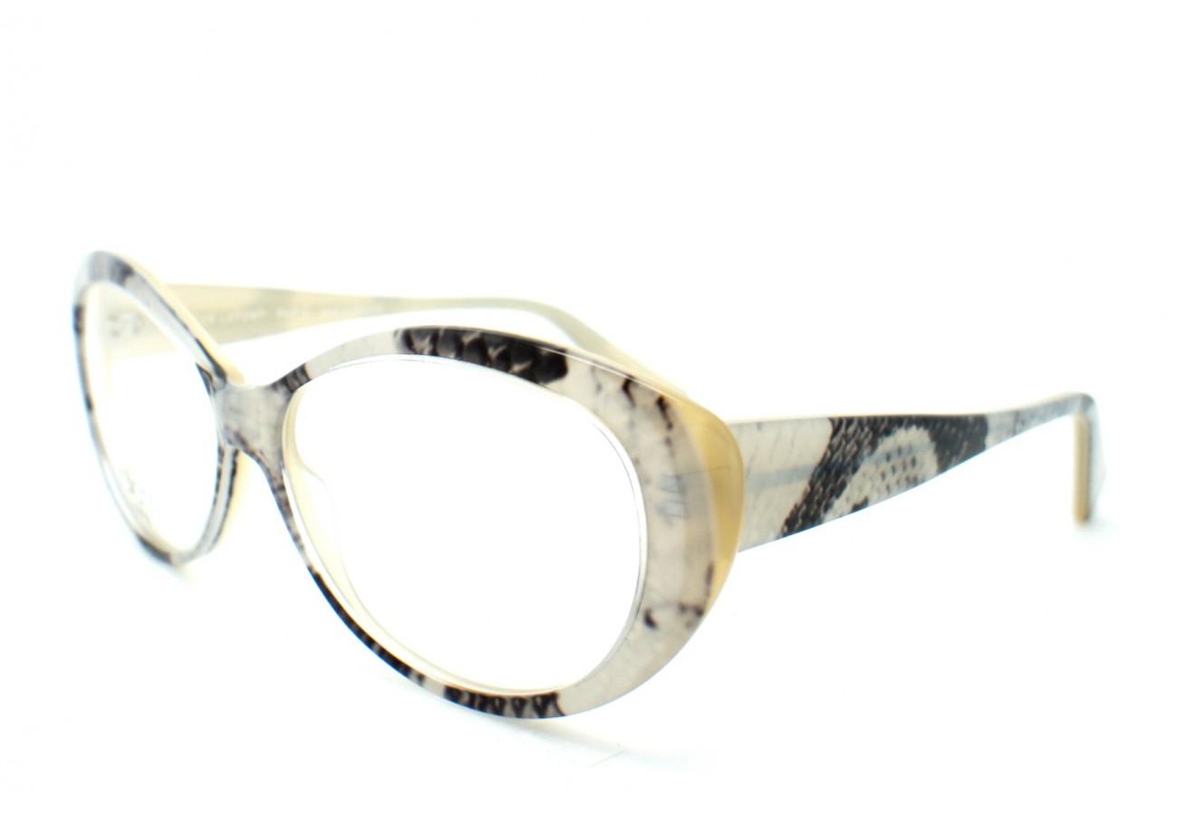 De magnifiques lunettes de vue pour moi