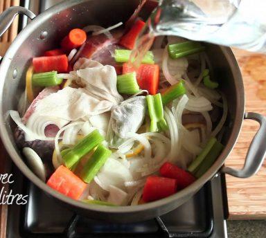 Comment faire un court bouillon de poisson - Court bouillon poisson maison ...
