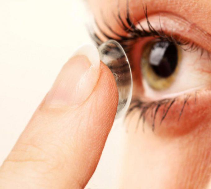 Lentille de couleur : corriger sa vue en beauté